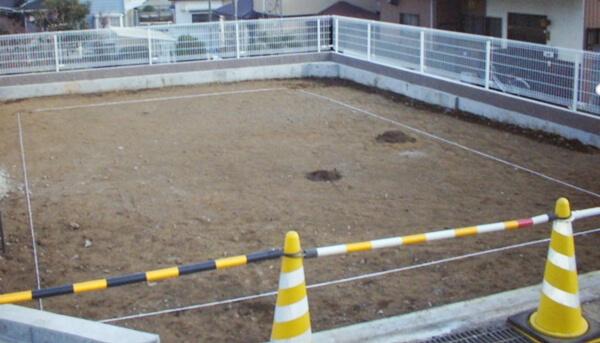 戸建住宅のベタ基礎工事での地縄張りの解説