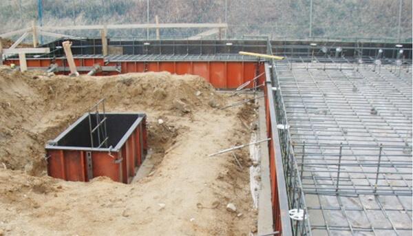 戸建住宅のベタ基礎工事での外周型枠組みの解説