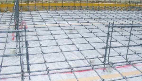 戸建住宅のベタ基礎工事での配筋の解説