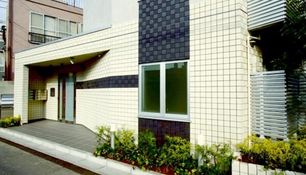 注文住宅で憧れる人の多い外壁タイル仕上げの特徴や魅力とは