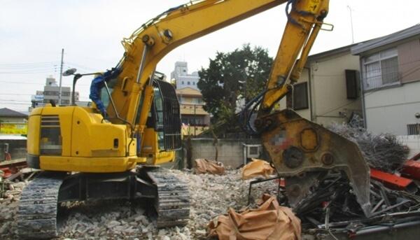 建築確認申請をせずに新築したら解体しないといけないかもしれない